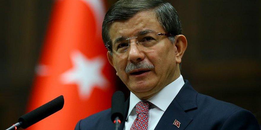 Ahmet Davutoğlu'ndan 'Halil İnalcık' mesajı
