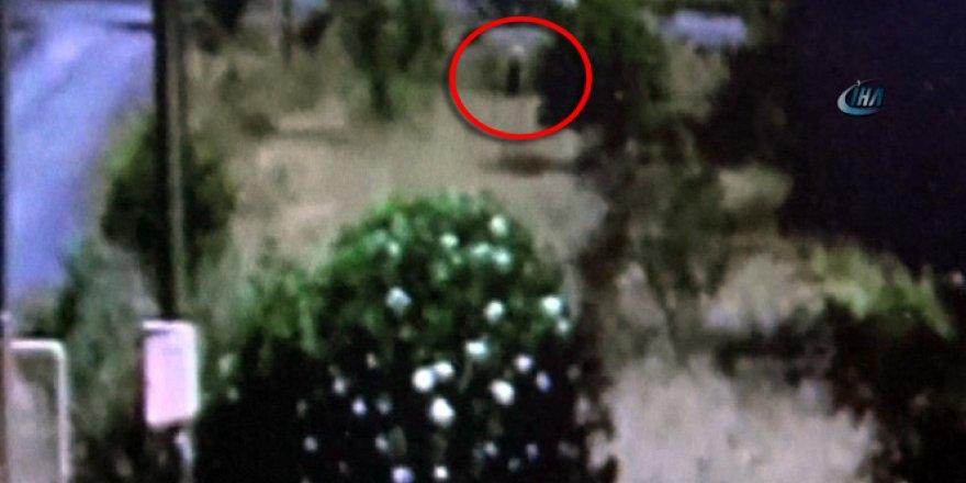 Darbeci asker kadın kılığında kameralara takıldı