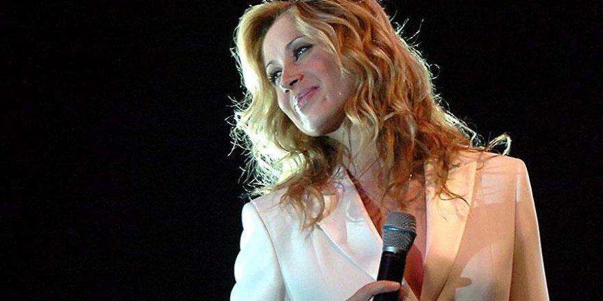 Şarkıcı Lara Fabian Türkiye'ye gelecek