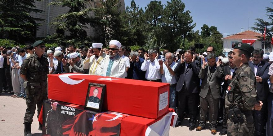 Şehit polis memuru Akyürek Konya'da toprağa verildi