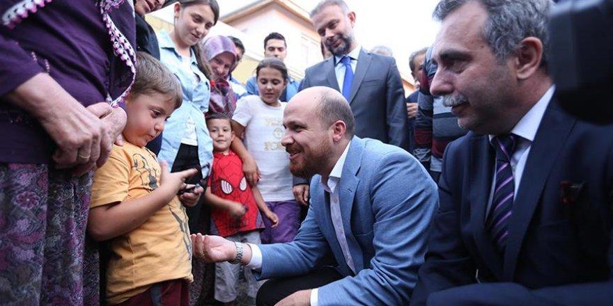Bilal Erdoğan'dan Kazan'daki şehit ailelerine ziyaret
