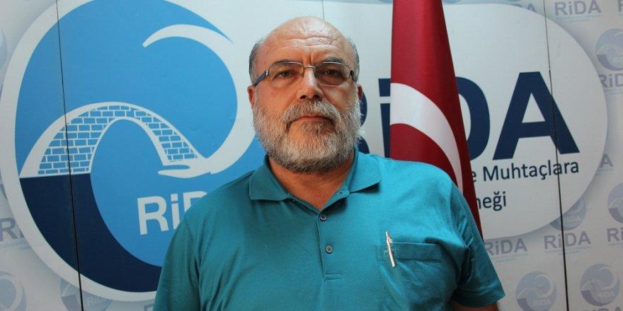 Türkiye'nin el uzattığı yetimlerden şehitler için dua