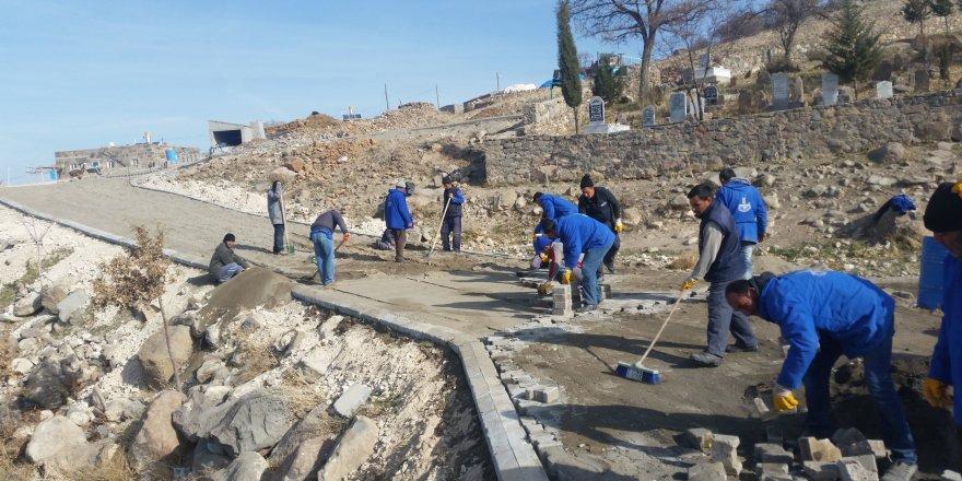 Karapınar'a parke taşı döşeme çalışmaları