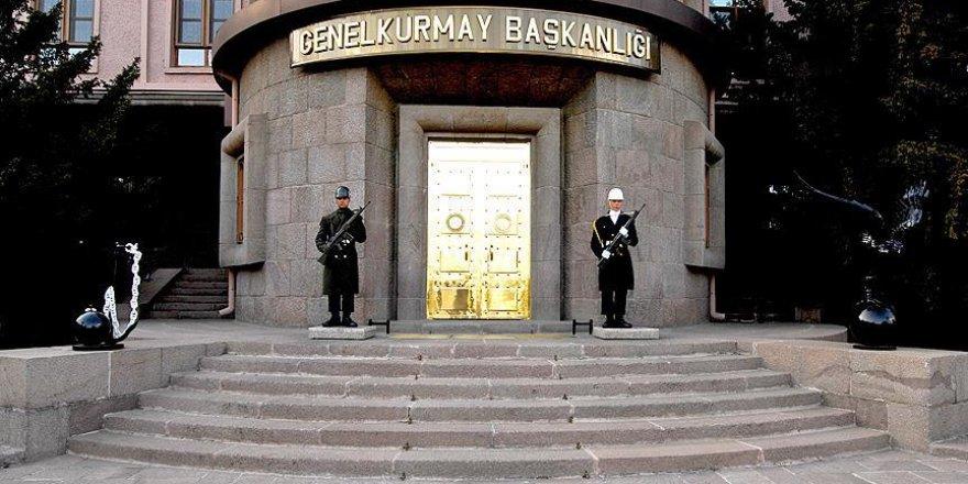 1684 asker TSK'dan ihraç edildi