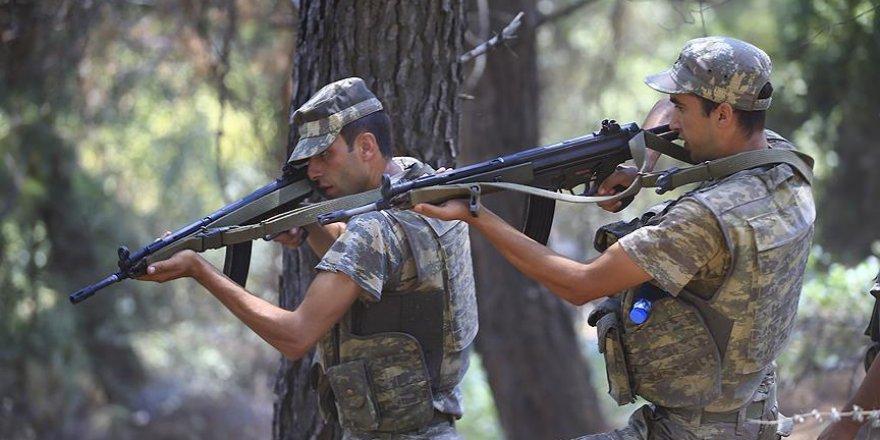 Erdoğan'ın kaldığı otele saldıran darbeci askerler için çember daralıyor