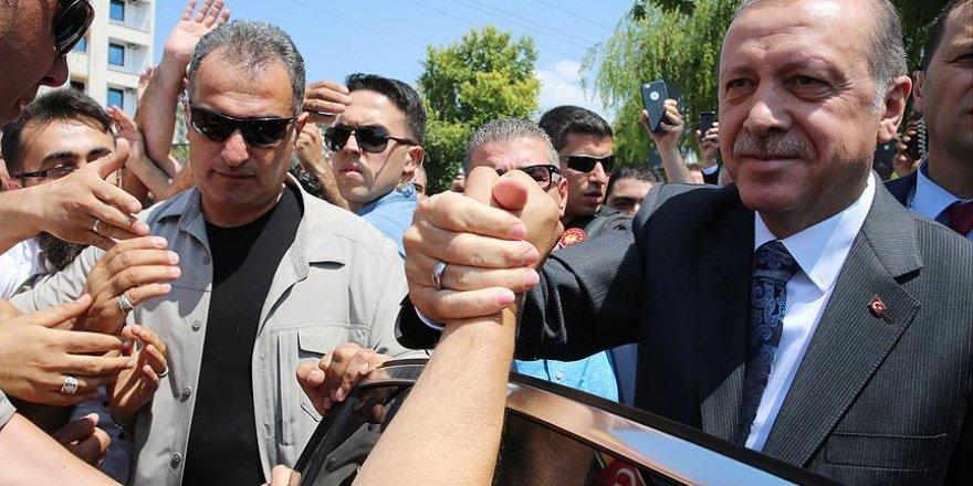 Erdoğan Osmanlı Camisi'ni ziyaret etti