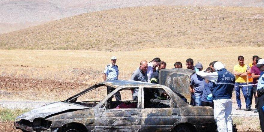 10 gün önce emekli olan polis kazada yanarak öldü