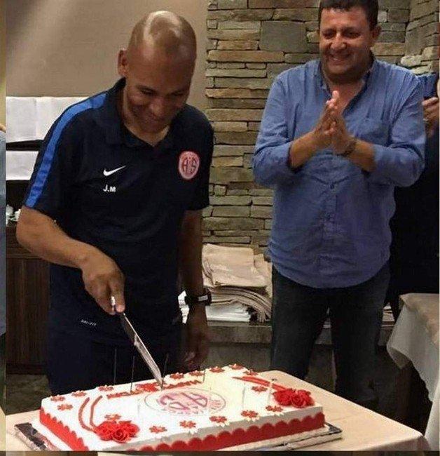 Antalyaspor'da Morais'e sürpriz doğum günü