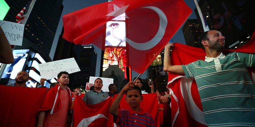 New York'ta Fetullah Gülen'in Türkiye'ye iadesi için protesto düzenlendi