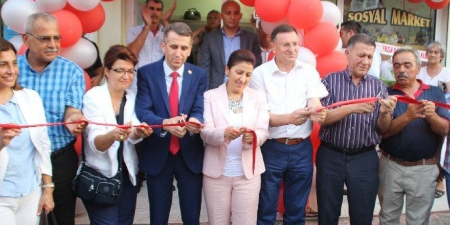 Erzin'e sosyal market