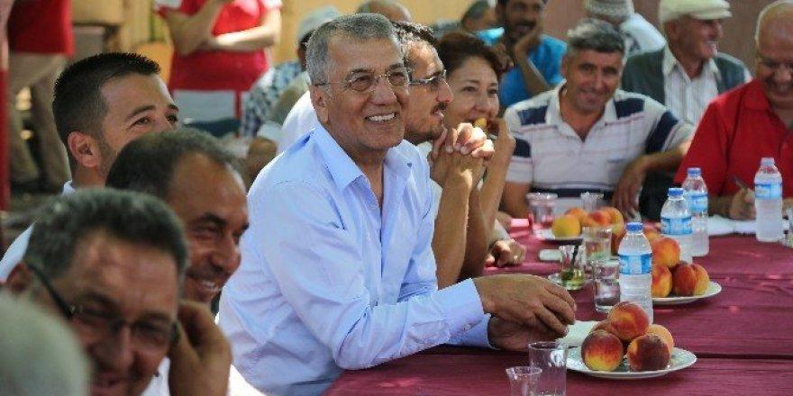 """Başkan Neşet Tarhan: """"Tepeköy şeftalisini markalaştıracağız"""""""