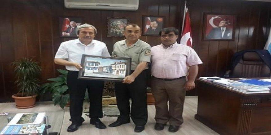 Komutan Akbulut'tan Belediye Başkanı Şahin'e veda ziyareti
