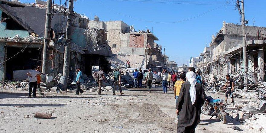 Suriye'de yerleşim yerine hava saldırısı: 22 ölü