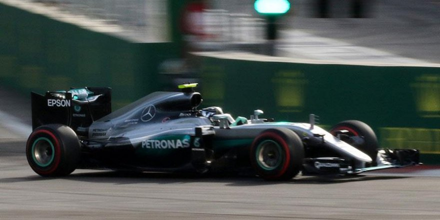 Almanya'da pole pozisyonu Rosberg'in