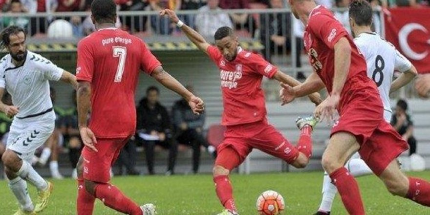 Konyaspor Twente'yle yenişemedi