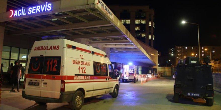 Diyarbakır'da terör saldırısı: 2 asker yaralı