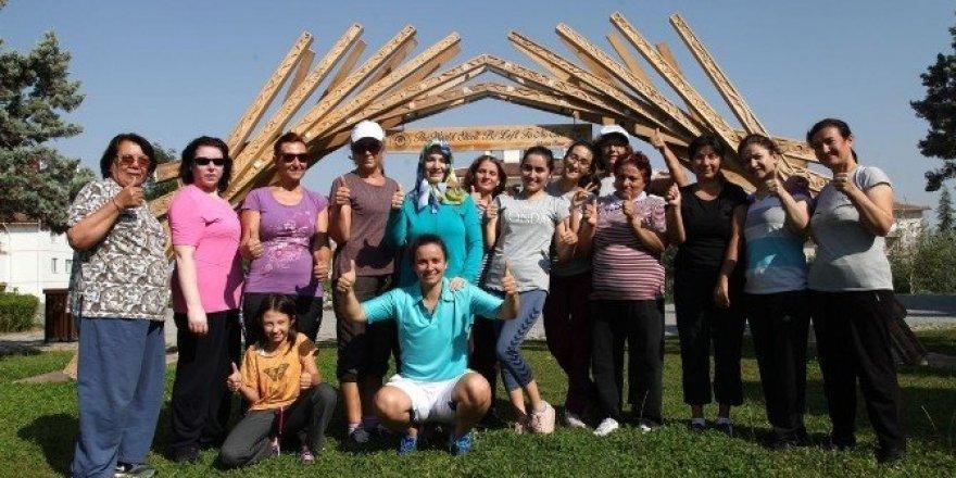 Odunpazarı'nda kadınlar spor yaparak sağlıklı kalıyor