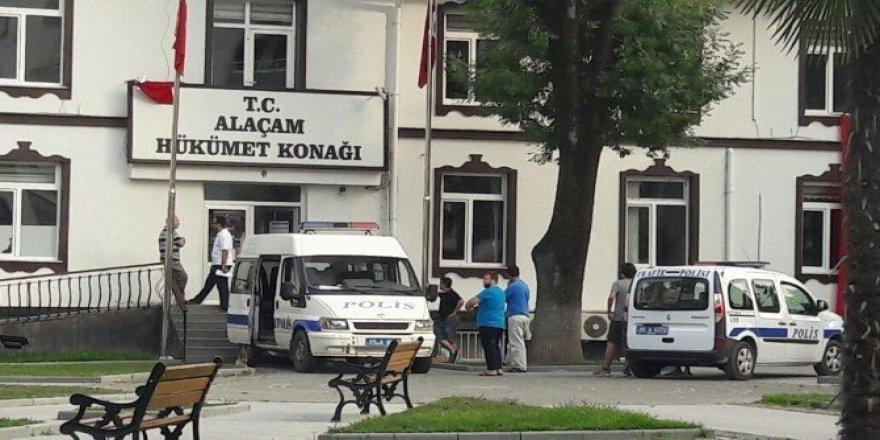 Alaçam'da FETÖ/PDY operasyonunda 2 kişi tutuklandı