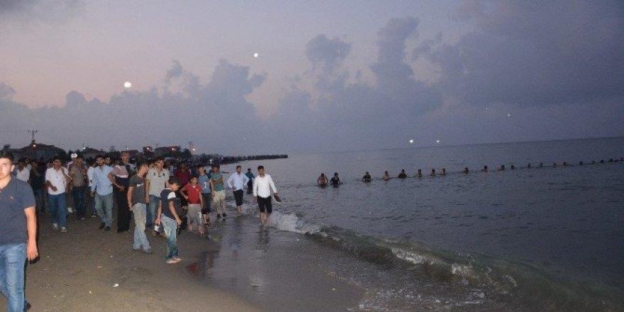 12 yaşındaki kız çocuğu denizde kayboldu