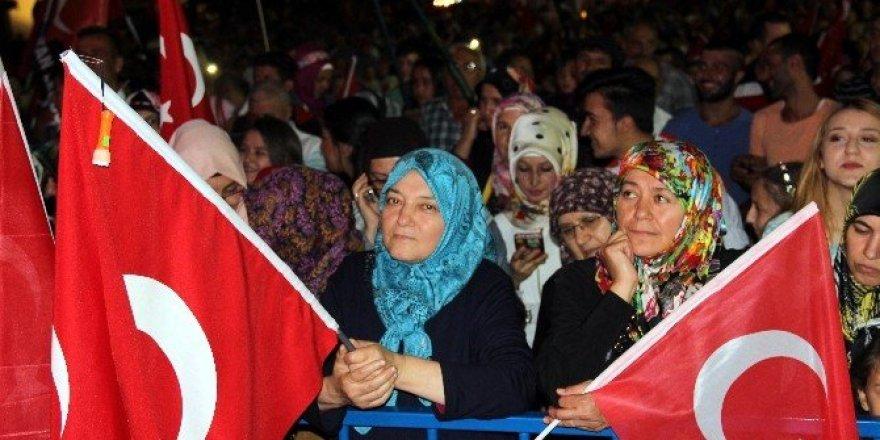 Kütahya'da demokrasi nöbetinin 17. günü