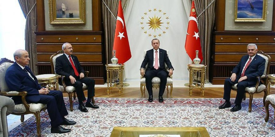 Erdogan invites party leaders to huge anti-coup rally