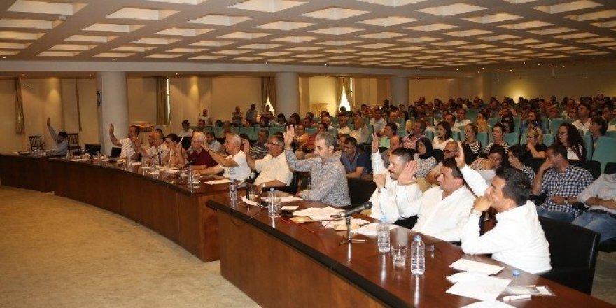 Selçuk Belediye meclisinden darbeye karşı ortak bildiri