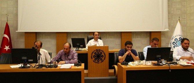 Selçuklu Belediye Meclisi darbe girişimini kınadı ve lanetledi