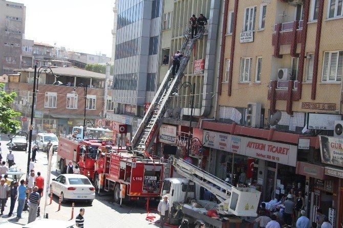 Malatya'da yangın korkuttu