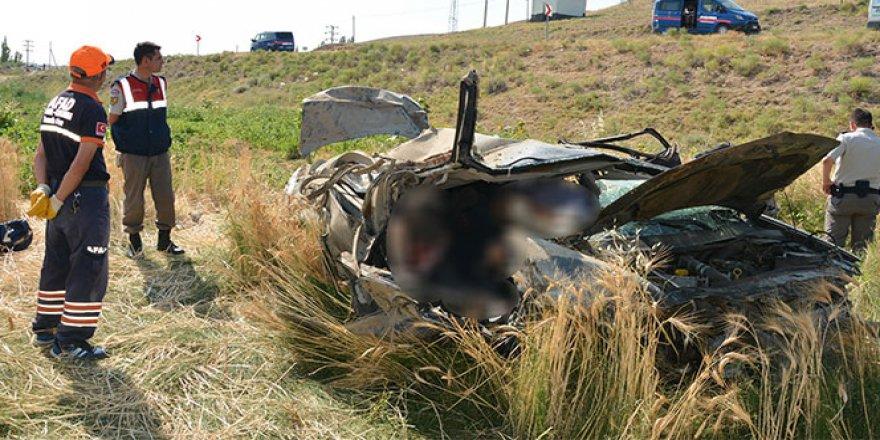 Gurbetçi aile kaza yaptı: 2 ölü, 1 yaralı