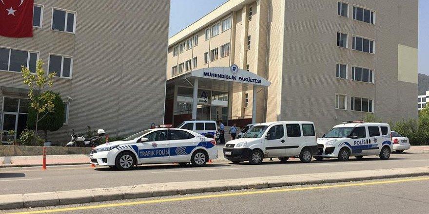 Pamukkale Üniversitesi rektörü Bağcı serbest bırakıldı