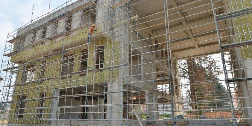 Yaşlılar Kreşi'nde inşaat çalışmaları sürüyor