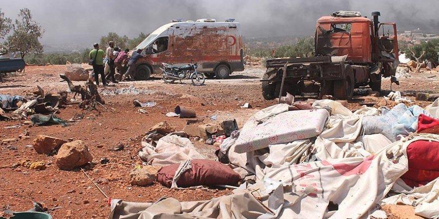 Rus uçakları Halep'te sığınmacı kampını vurdu