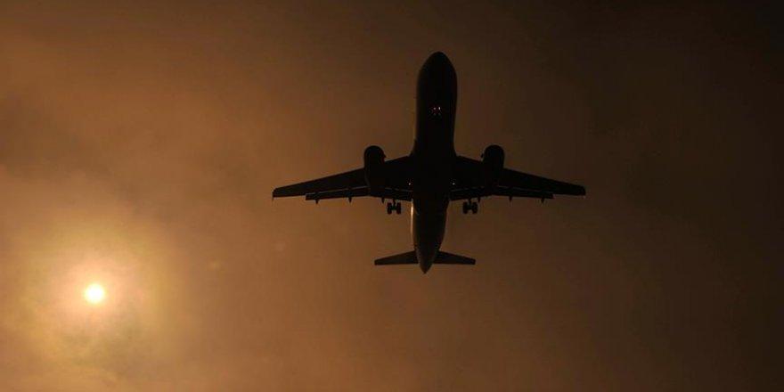 Tayland'a uçuşlar 18 Nisan'a kadar yasaklandı