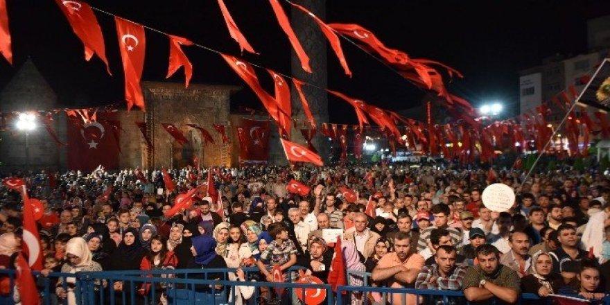 """Sekmen: """"Vatan Erzurum, Erzurum da Vatan"""" demektir"""