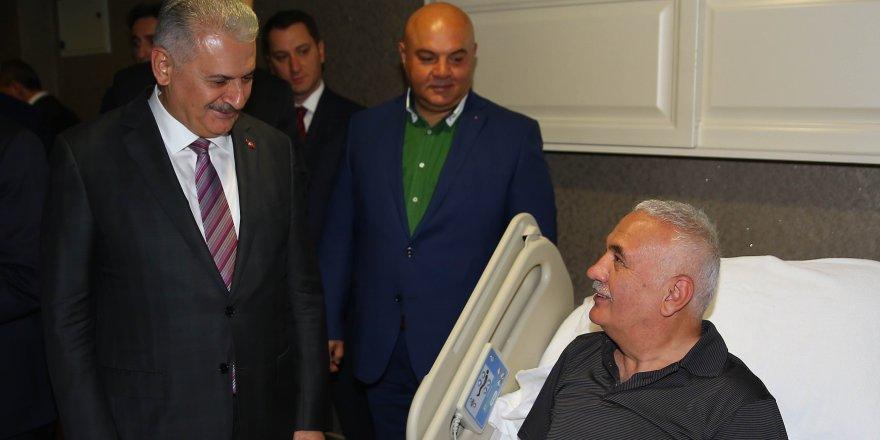 """Başbakan Yıldırım'dan """"geçmiş olsun"""" ziyareti"""