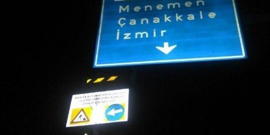 Trafik yön levhaları 12 yıl sonra yenilendi