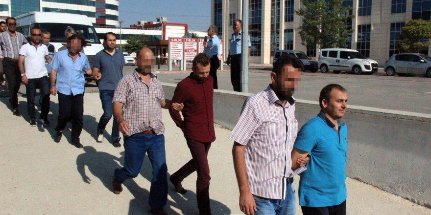 Konya'da 26 FETÖ imamı tutuklandı