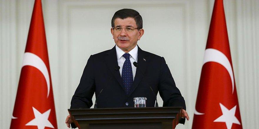 Davutoğlu'ndan Yenikapı tweeti