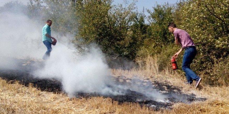 Hayrabolu'da anız yangını korkuttu
