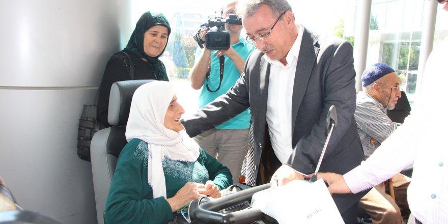 Karatay'da 78 adet akülü engelli aracı ihtiyaç sahiplerine verildi