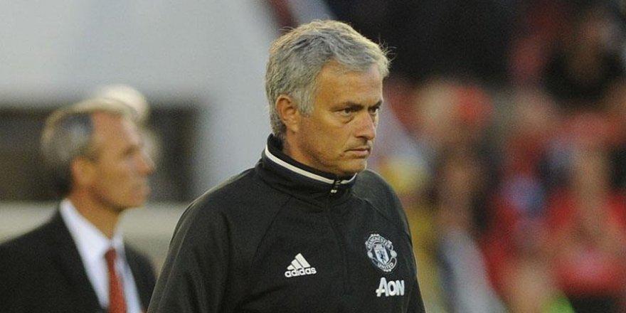 Mourinho sezona kupayla başladı