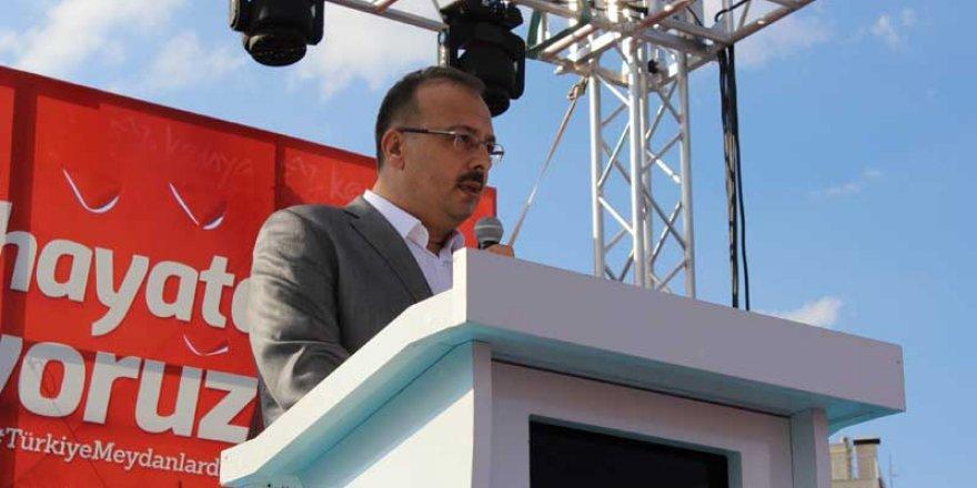 Vali Canbolat: Eşsiz bir demokrasi destanı yazıldı