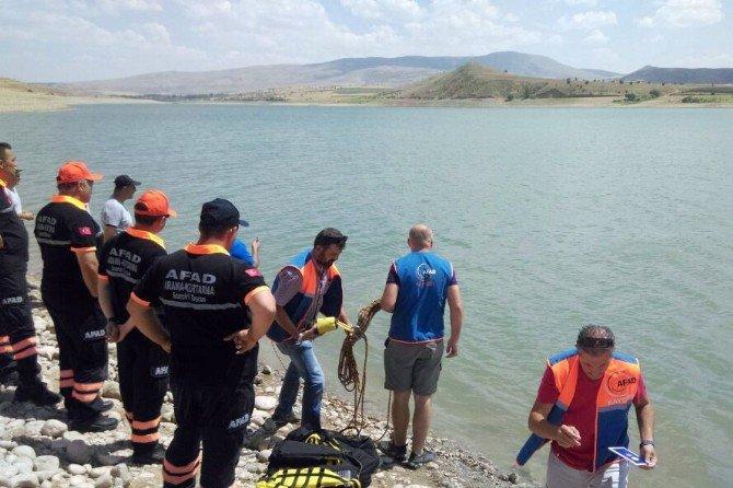 Serinlemek için baraj gölüne giren Suriyeli genç boğuldu