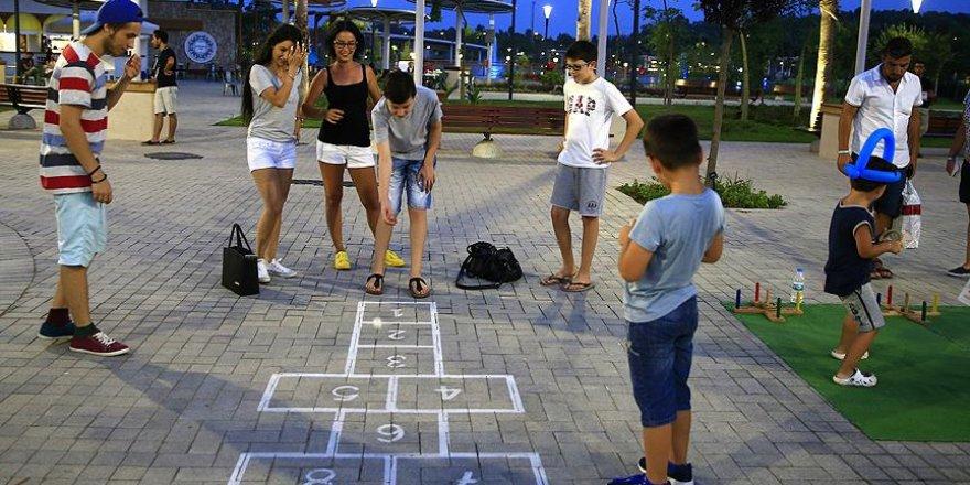 Sokak oyunlarını EXPO'da yaşatıyorlar