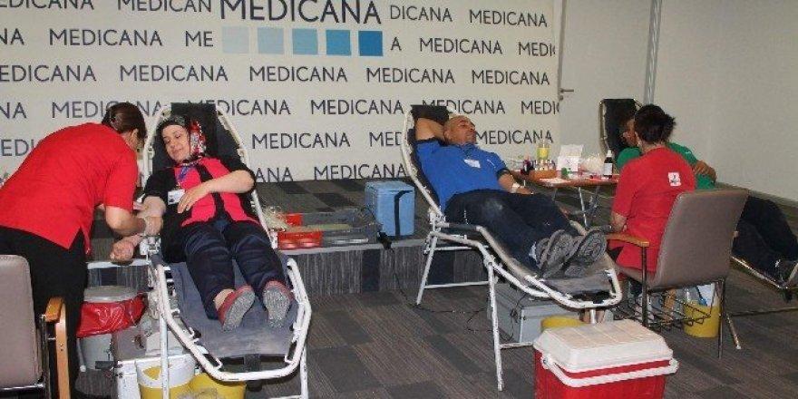 Medicana'dan kan bağışı kampanyası