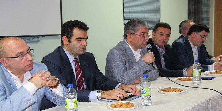 TBMM heyeti Kanada'da Türklerle bir araya geldi