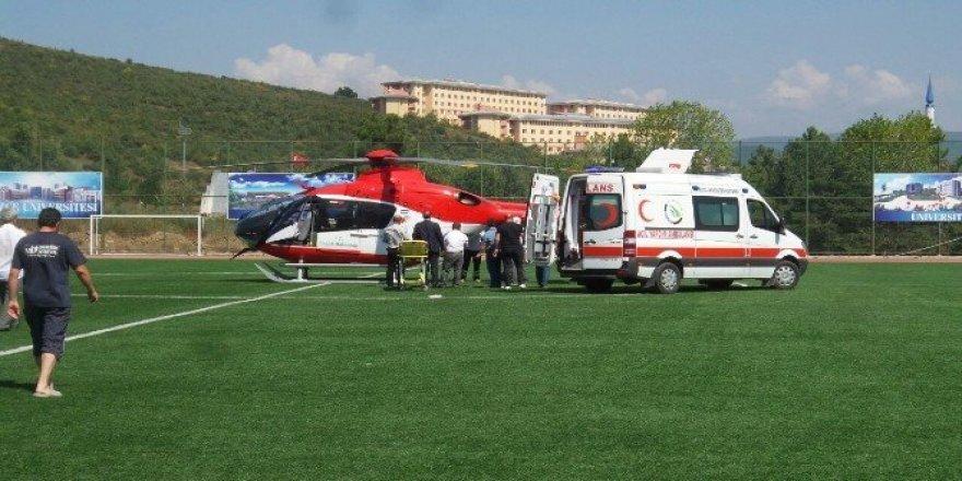 Hava ambulansı kazazede için havalandı
