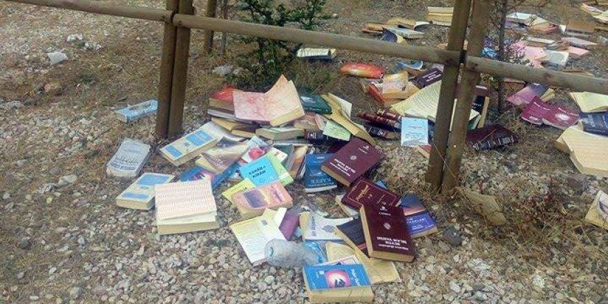 Ormanlık alanda FETÖ lideri Gülen'e ait kitap bulundu