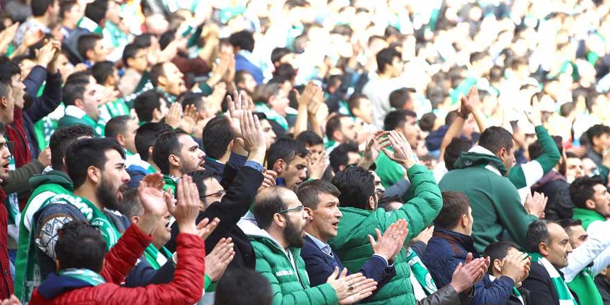 Konyaspor taraftarı heyecanla ligi bekliyor