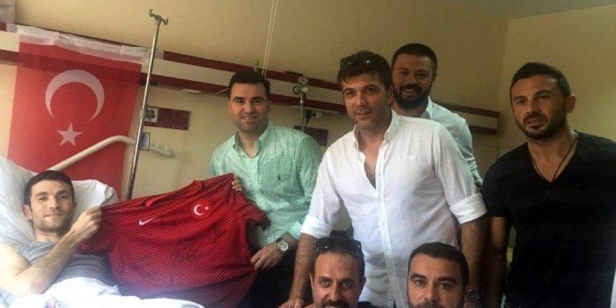 Türkiye Profesyonel Futbolcular Derneği'nden gazilere ziyaret